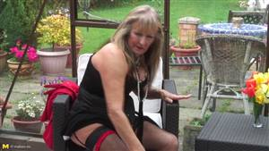 hairy amateur wife creampie